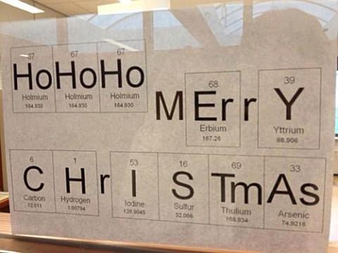Merry Christmas! - С наилучшими пожеланиями от периодической таблицы Менделеева...