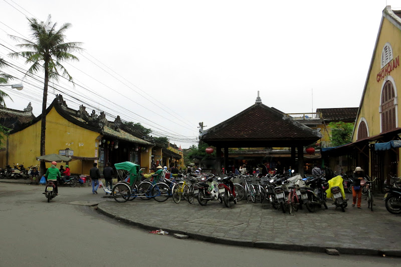 Downtown Hoi An, Central Market Hall parking