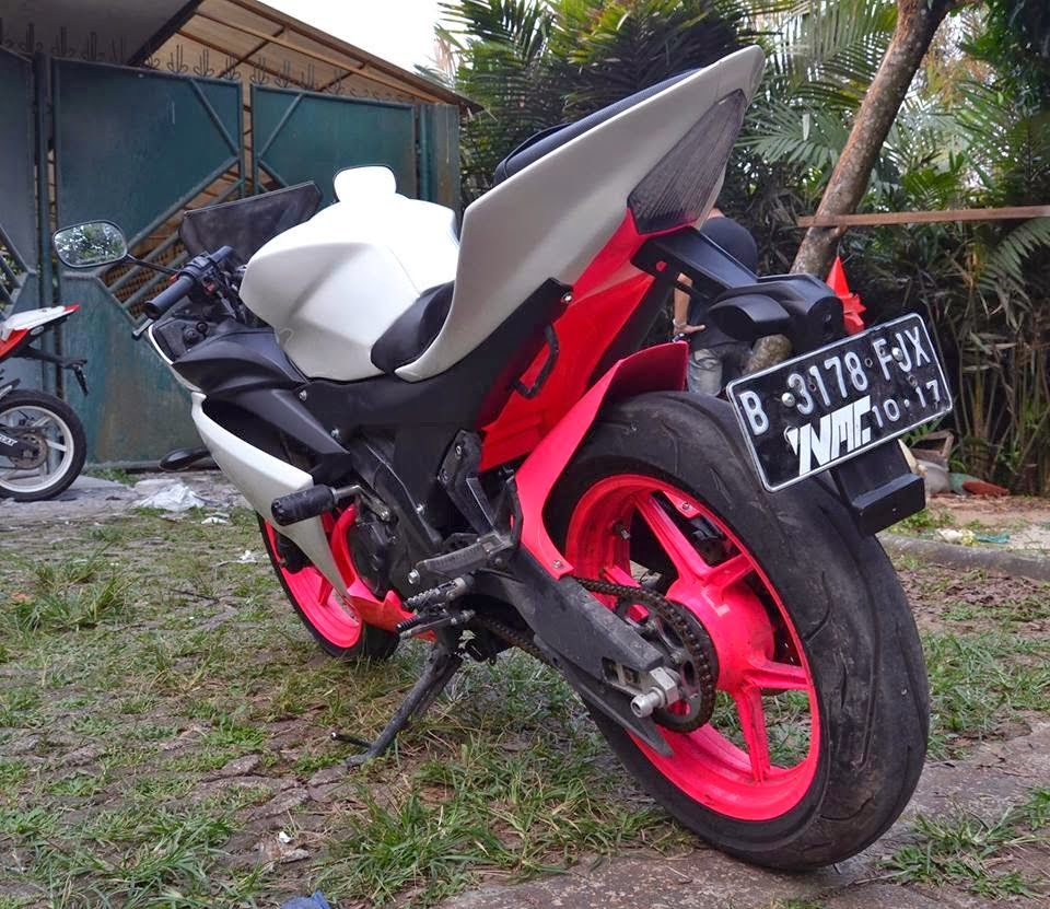 Modifikasi New Vixion Jadi R15