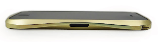 CLEAVE ALUMINUM BUMPER for iPhone5 ラグジュアリーゴールド