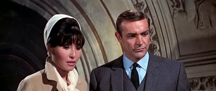 Screen Shot Of Hollywood Movie Thunderball (1965) In Hindi English Full Movie Free Download And Watch Online at Alldownloads4u.Com