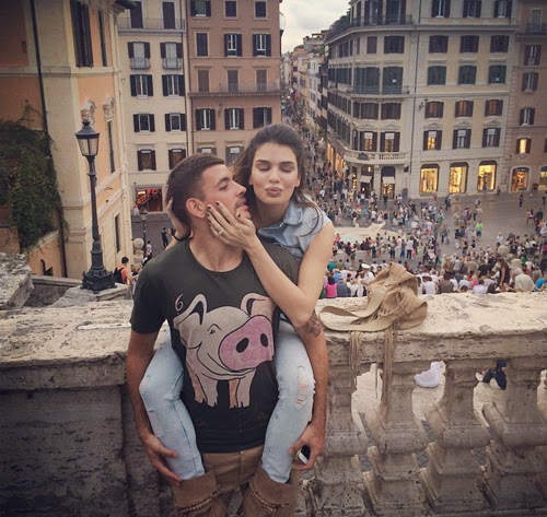 Nàng bạn gái cầu thủ mới hot nhất thành Rome