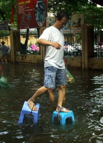 Walk In Flood Like A Boss