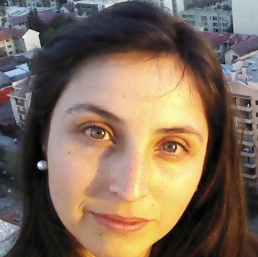 Vanessa Henriquez Photo 17