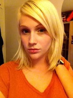 beauty blog blonde girl hair extensions curls blogger