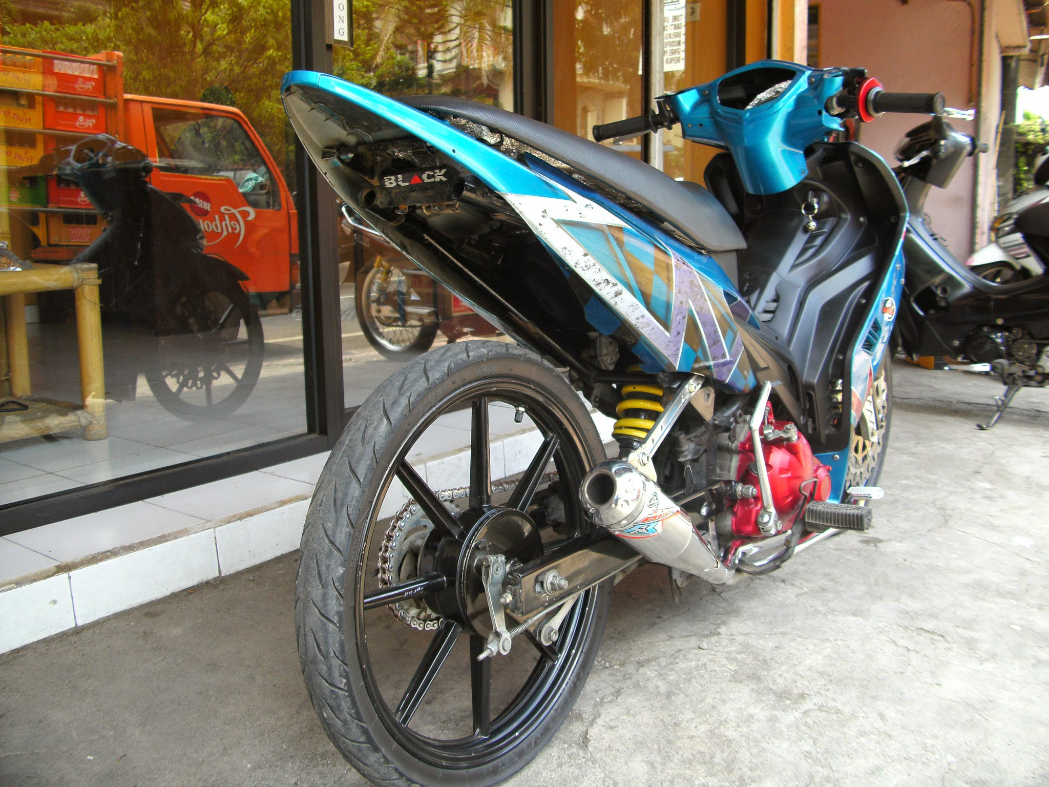 Modifikasi New Jupiter Mx Airbrush