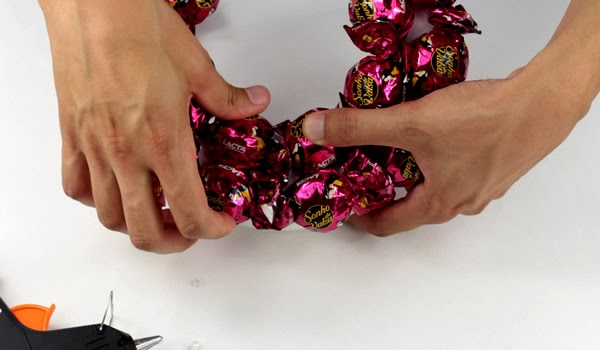 Fixe o restante dos bombons