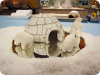 (http://www.marthastewart.com/875059/polar-bear-craft)