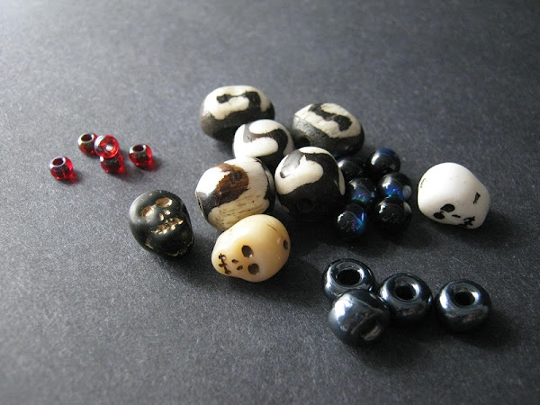 Halloween Skulls and Roses Bead Palette