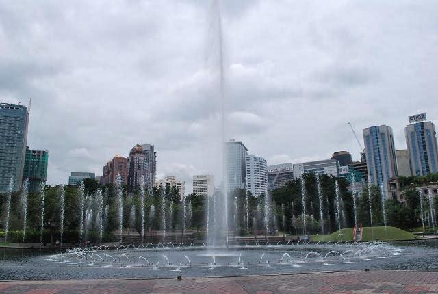 Taman-KLCC-Park