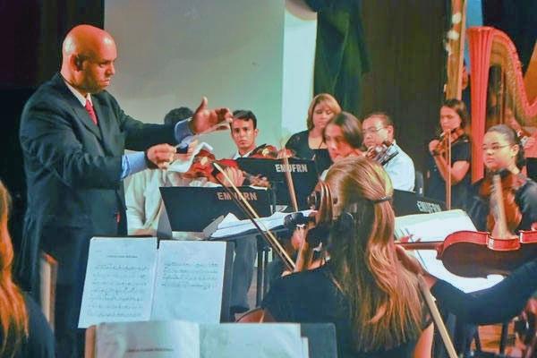 Escola de Música da UFRN abre seleção para 17 vagas para Orquestra Infanto-Juvenil