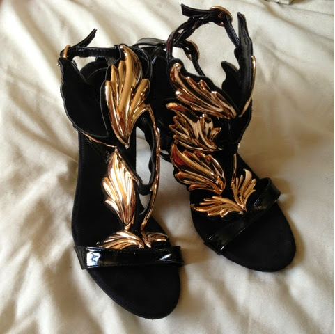 Sammi Jackson - OASAP Gold Leaf Sandals