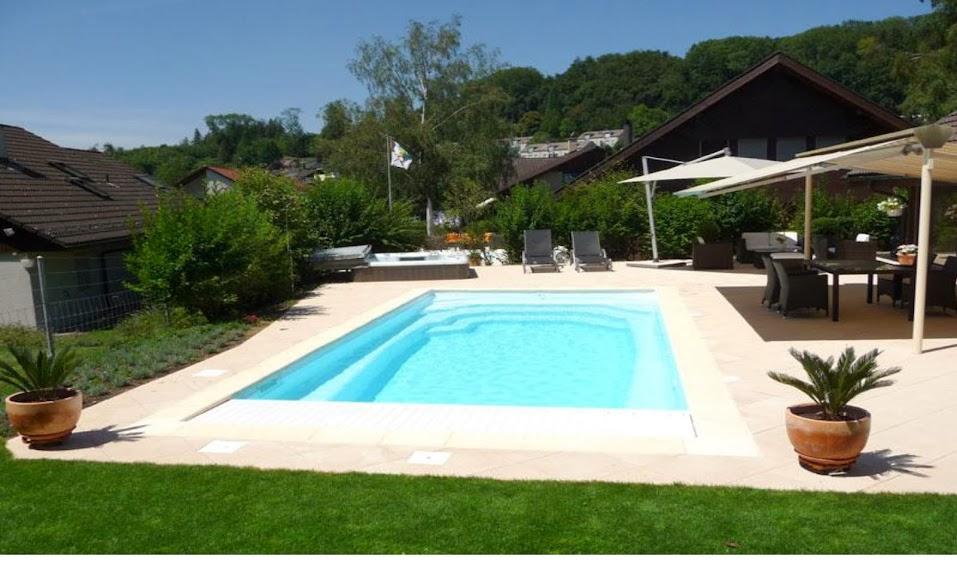 Constructeur piscine produits piscine piscine discount for Prix piscine monocoque