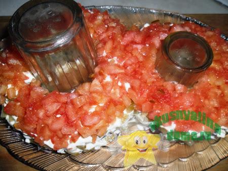 Праздничный салат 8 марта