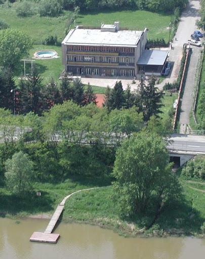 Oddíl rychlostní kanoistiky, SK Sport Zbraslav, ulice U Loděnice, Praha 5 - Zbraslav