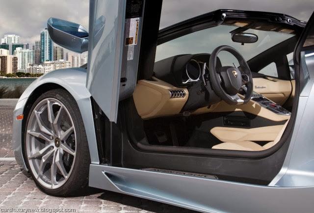2013 lamborghini aventador lp700 4 roadster specs and price. Black Bedroom Furniture Sets. Home Design Ideas