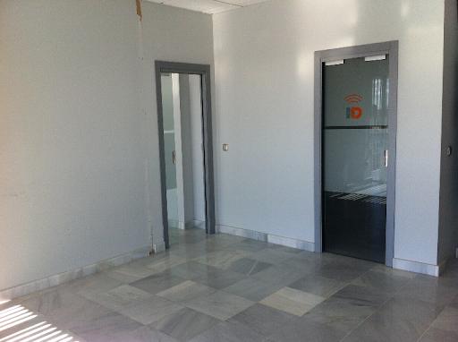 OFICINA 98 m2 + GARAJE 33 m2 POLIGONO PISA, orientación  - Foto 5