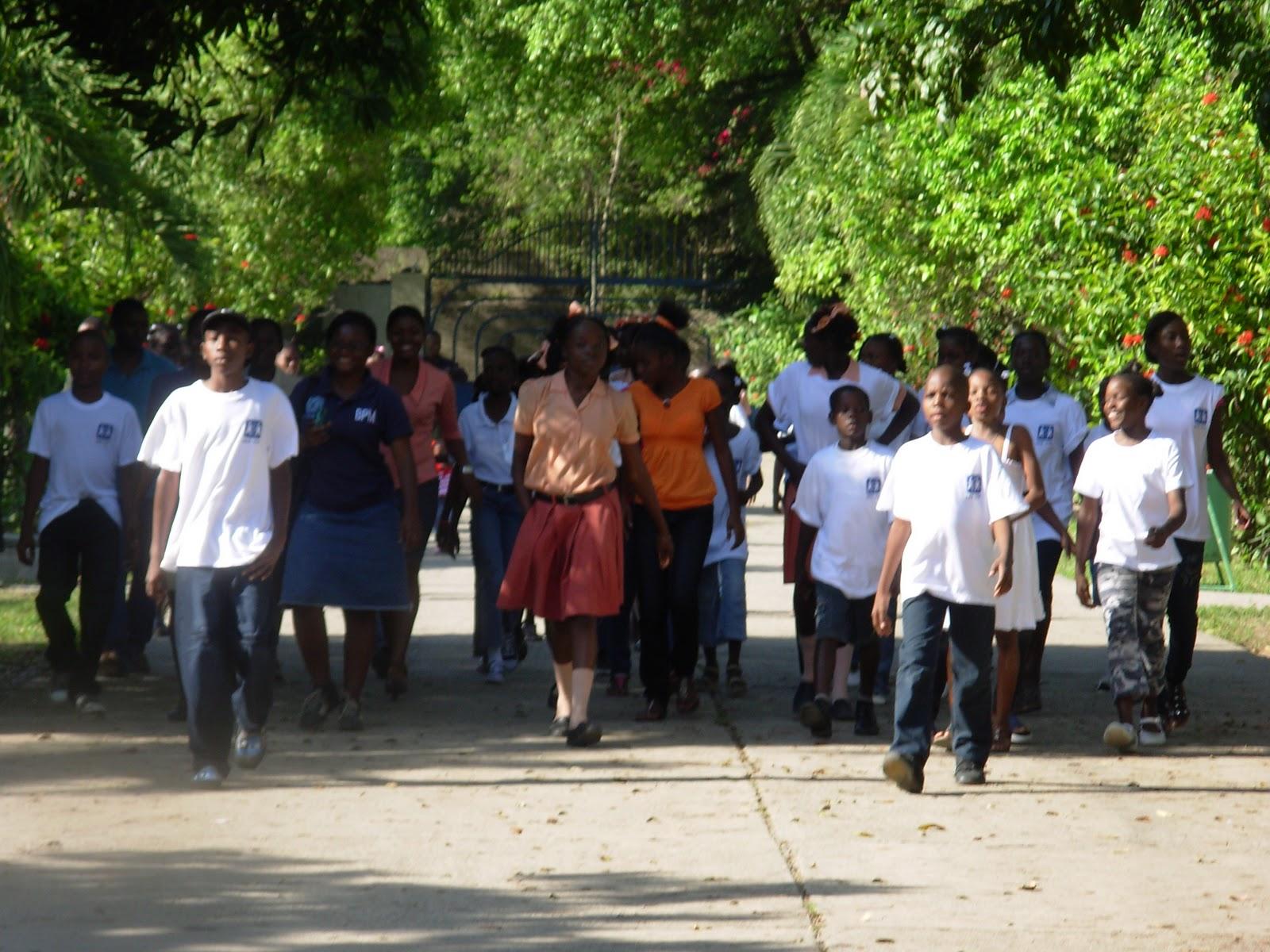 sos villages d 39 enfants haiti accueil par sos villages d 39 enfants du cap haitien des 14 enfants. Black Bedroom Furniture Sets. Home Design Ideas