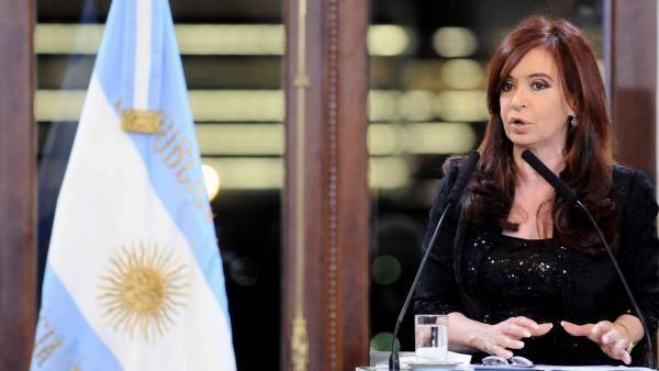 Cristina Kirchner anuncia una agresiva reforma del Código Civil