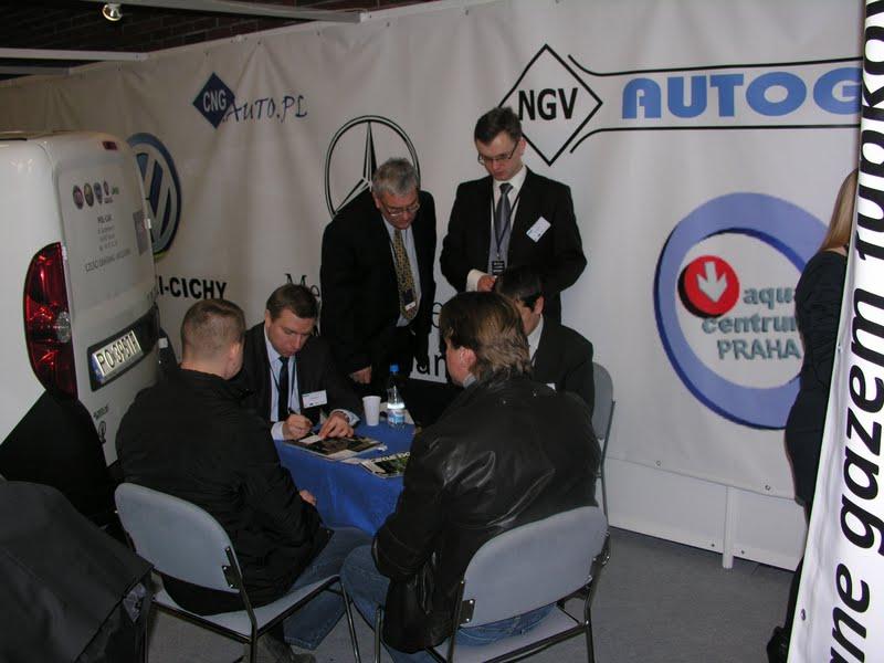 Dyskusja była również odniesieniem do wątków poruszanych w 'Strefie CNG' - stanowiska CNG na GasShow 2012