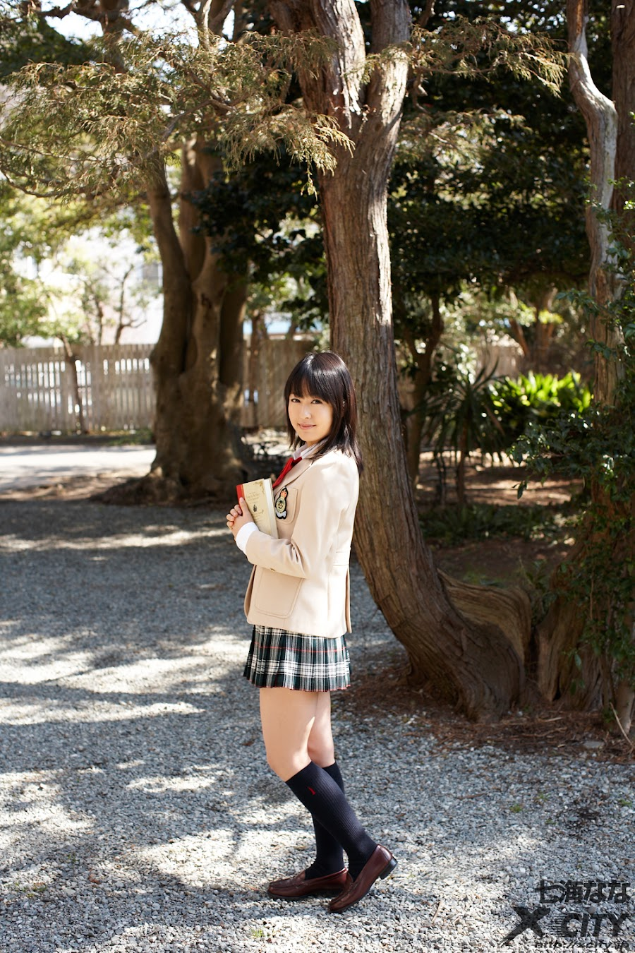 Nana Nanaumi - Japanese AV Idol