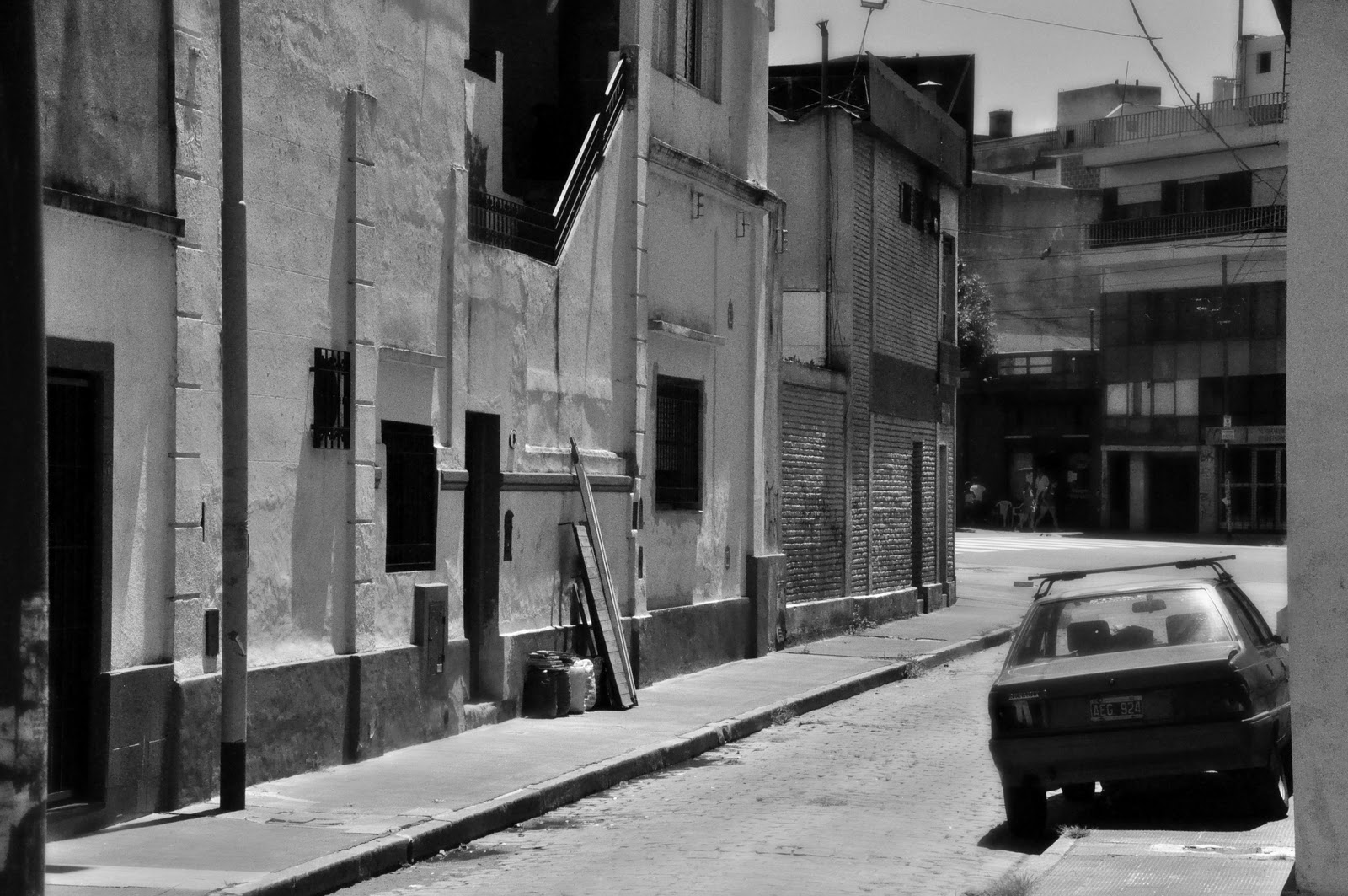 Micaela del barrio 22 de abril tirando goma - 2 9