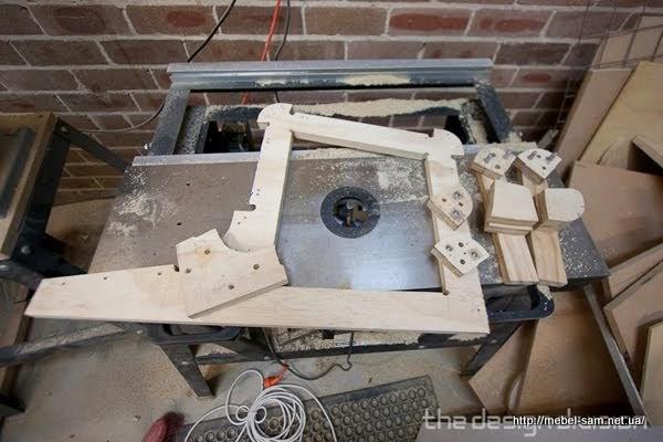 Начальный этап изготовления матрицы для изгибания фанеры