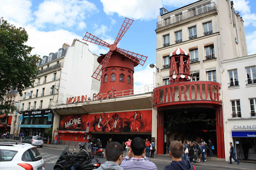 the real live Moulin Rouge.jpg