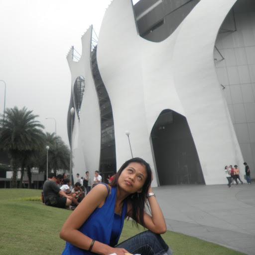 Ana Ong