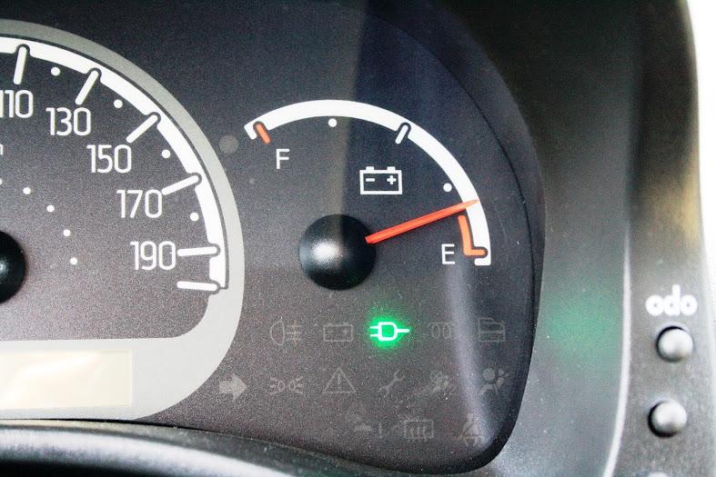 Groovy Fiat Panda AC/DC - test znajdźto.pl - Gazeta ogłoszenia znajdzto.pl UG65