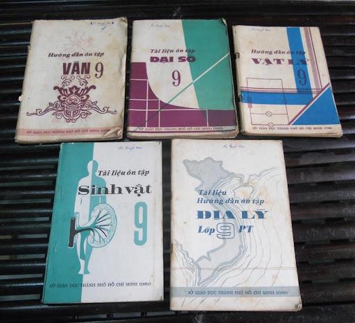 Sách giáo khoa tiểu học cũ - nơi lưu giữ từng trang ký ức DSCN2759