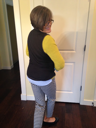Fashion Friday houndstooth pants, the Style Sisters