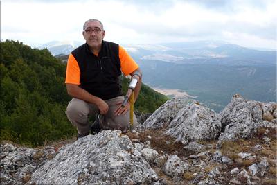 Revillallanos mendiaren gailurra 1.297 m. -  2012ko irailaren 2an