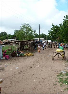 Mercado de Kaleane (Birkilane)