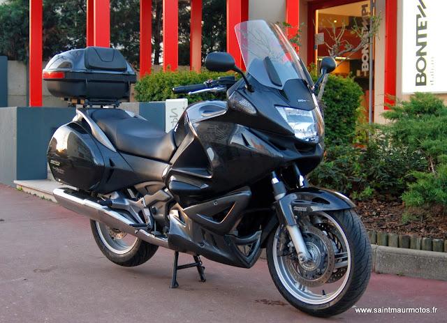 deauville saint maur motos. Black Bedroom Furniture Sets. Home Design Ideas
