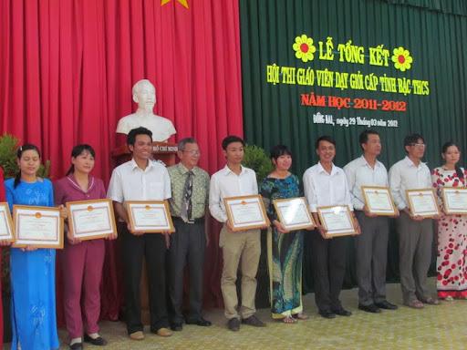 Hội thao giáo viên dạy giỏi cấp tỉnh bậc THCS năm học 2011 - 2012 - IMG_1368.jpg