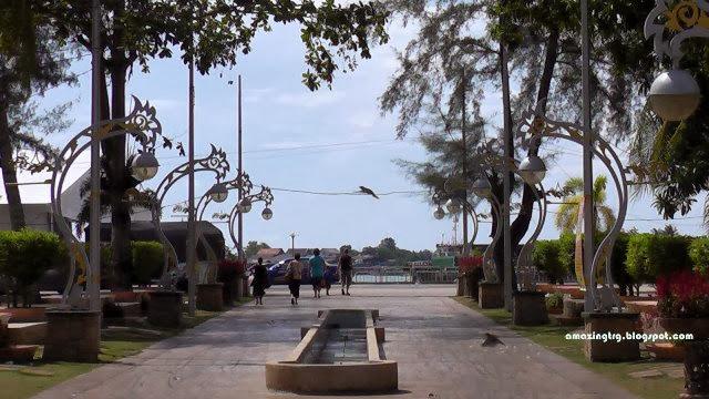 Dataran-Syahbandar-Square