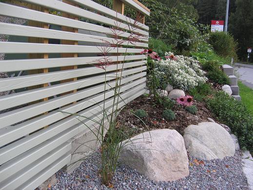 Trädgård Grus : Lisa´s trädgård lägga kullersten stenkul pyssel