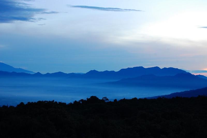 Pemandangan sekitar Kawah Papandayan