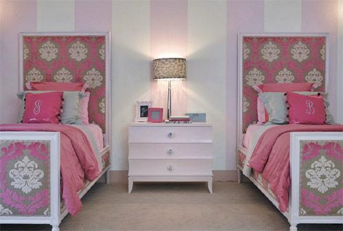 Decoração de quarto cor de rosa para irmãs