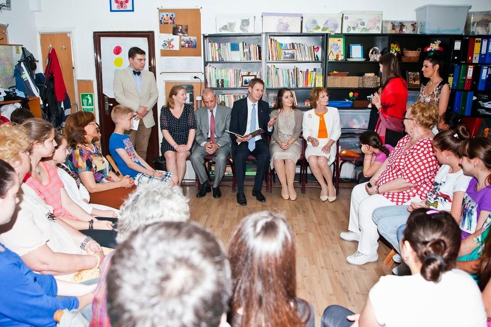 Principele Leka al II-lea al Albaniei a vizitat Centru de zi Generații al Fundației Principesa Margareta a României