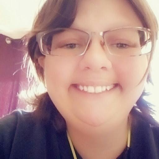 Melissa Stokes (Xxcrimsonbloodflowxx)