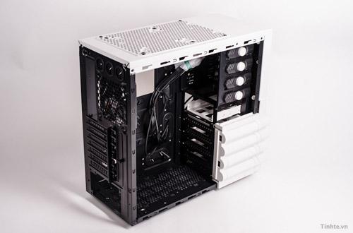 Thùng máy tính Level 10 GTS Snow Edition của Thermaltake 3
