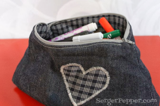 Serger Pepper - Fabric Basket with Drawstring top
