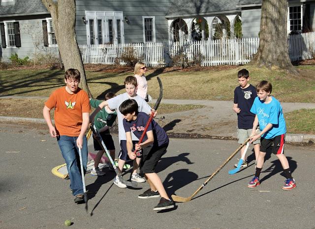 naples and hartford in season street hockey
