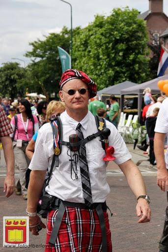 Vierdaagse van Nijmegen door Cuijk 20-07-2012 (114).JPG