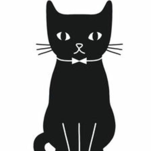 Normal Tuxedo Cat in Black review