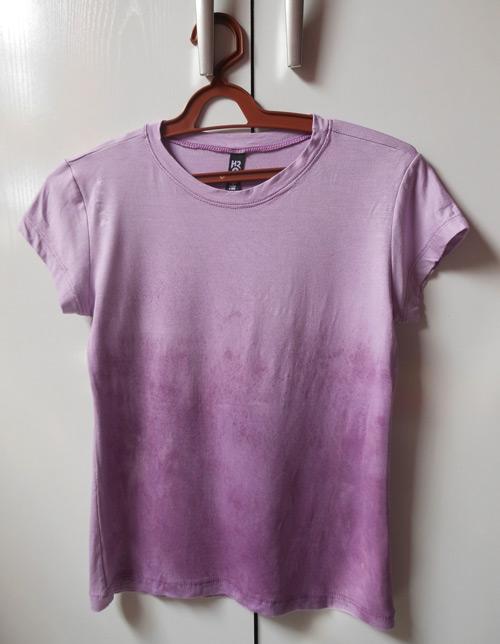 Customização de blusinha com Pump Dye - customização pronta