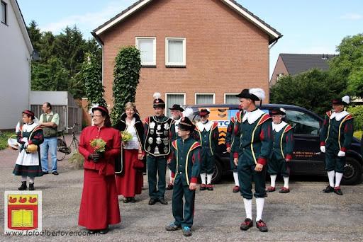 Koningschieten Sint Theobaldusgilde overloon 01-07-2012 (135).JPG