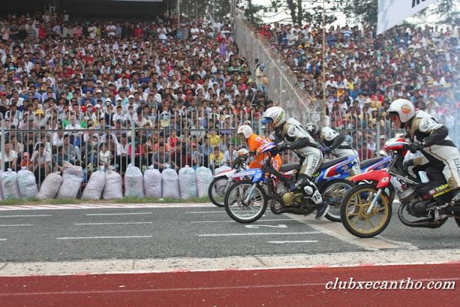 Hình ảnh giải đua xe 125cc tại Cần Thơ